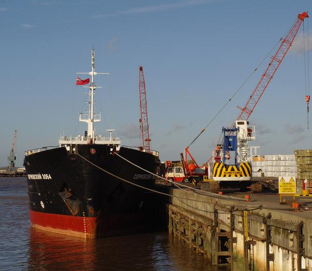 Quayside - New Holland Dock