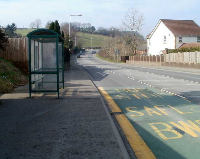 Caerphilly Road bus shelter, Rhiwderin