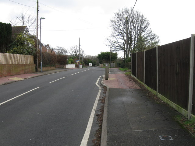 Middlehill Road, Colehill