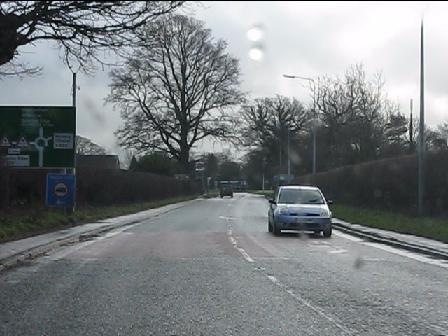 A537 approaching Chelford roundabout