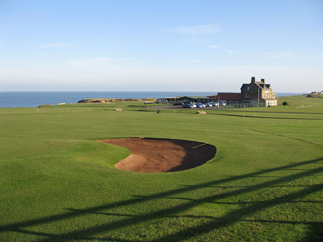 Whitby Golf Course and clubhouse