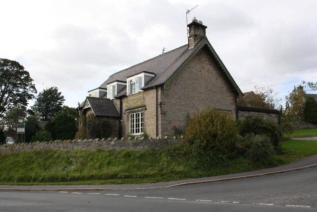 'Oakdene' beside A684