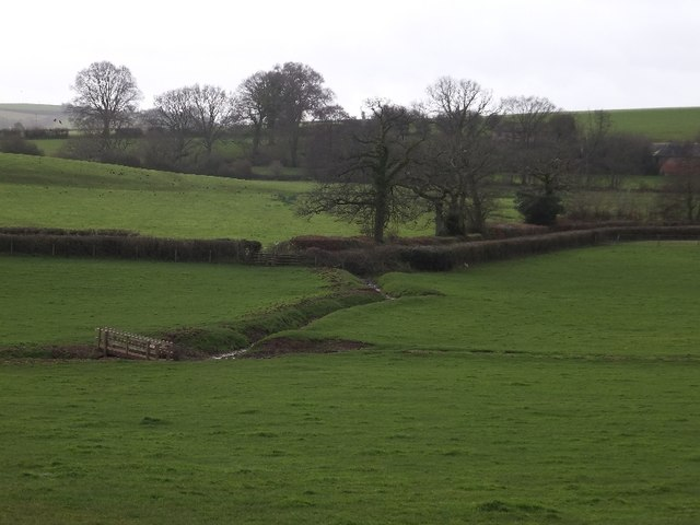 Bridge for footpath between Ponsford Lane and Knowle Lane