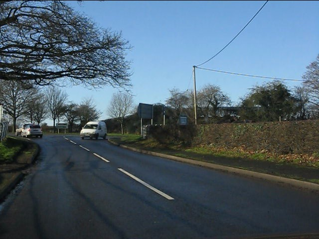 Westbound B5392 meets the A34 at Siddington