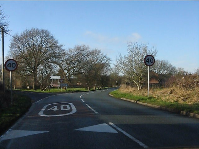 Eastern lane junction, Lower Withington