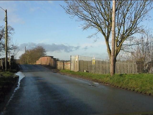 Twemlow Lane crosses the Manchester-Crewe railway