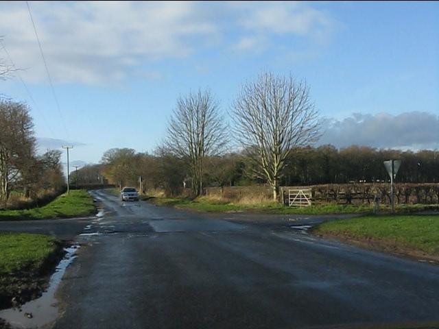 Crossroads on Twemlow Lane