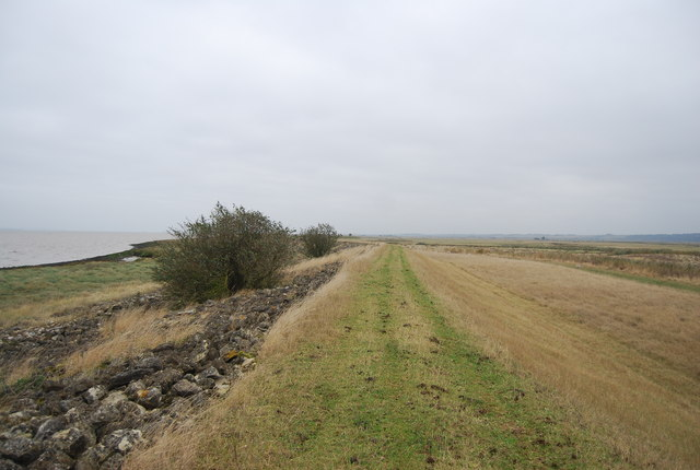 Footpath heading east