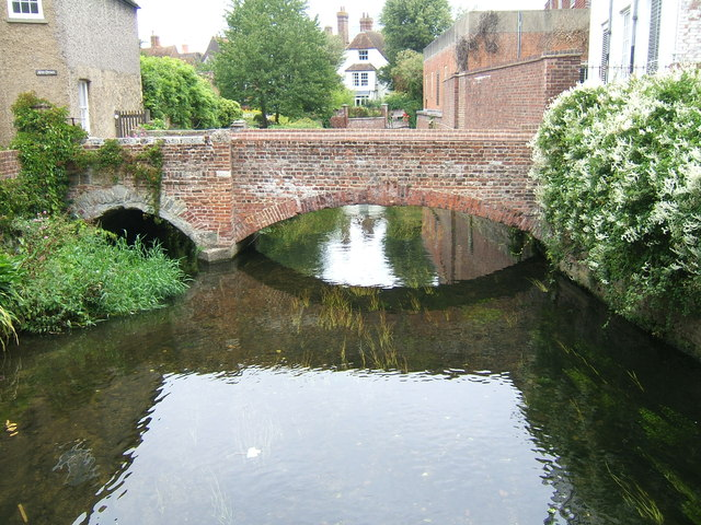 Footbridge across the Great Stour