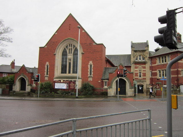 South Parade Baptist Church on Kirkstall Lane