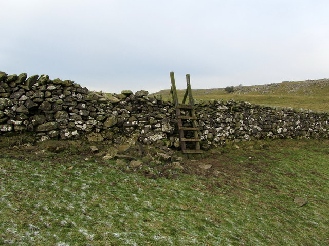 Footpath between Wharfe Wood and Little Stainforth