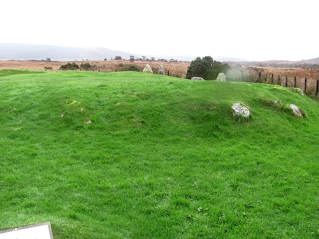 Moss Farm Road chambered cairn