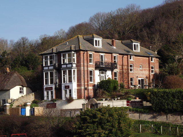 Cromwell House Hotel