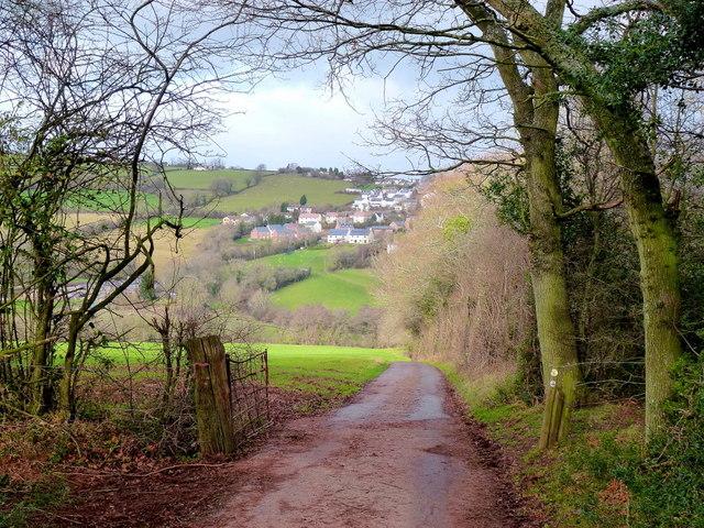 Lane descending from Barns Farm