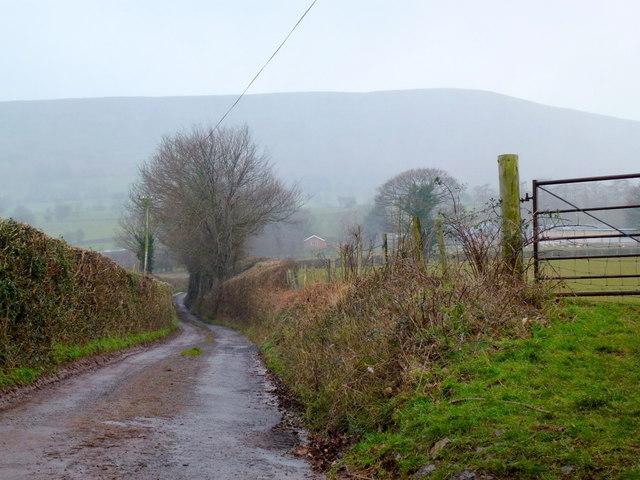 Lane to Penrhewr
