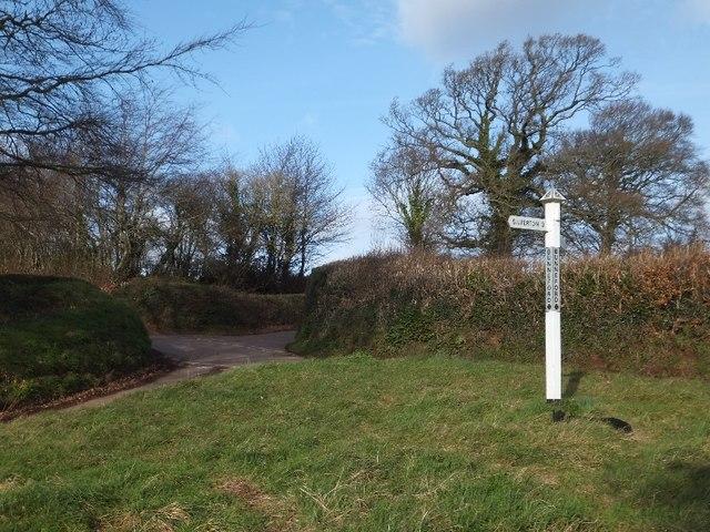 Bunneford Cross