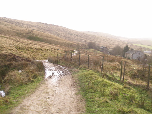 The Pennine Bridleway on London Road near Higher Greave