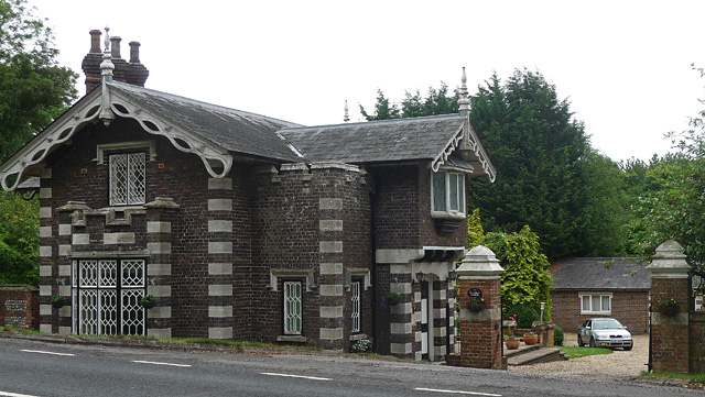 Former lodge near West Stratton (2)