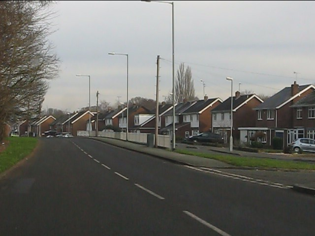 Henwood Road - houses set back from the main carriageway