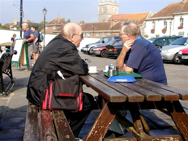 Wareham, people enjoying a cuppa