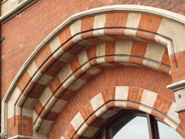 The east side of (the old part of) St. Pancras Station (3)