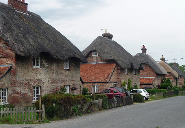 Cottages, East Stratton