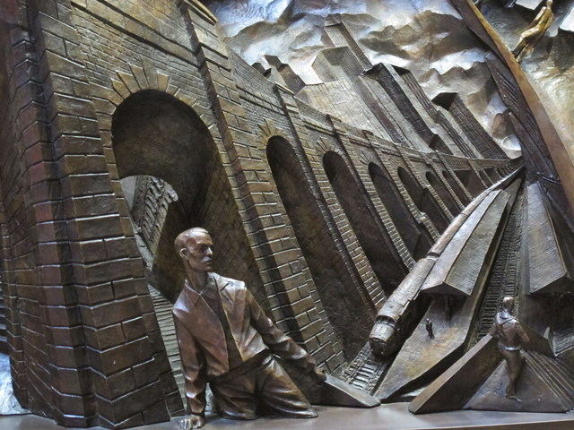 """Bas relief on the base of  """"The Meeting Place"""", St. Pancras Station (3)"""