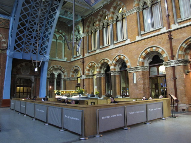 The Betjeman Arms, St. Pancras Station