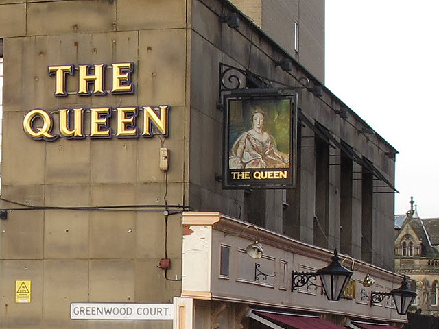 Inn sign on The Queen