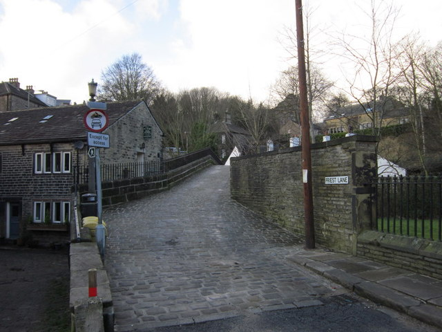 Priest Lane, Ripponden