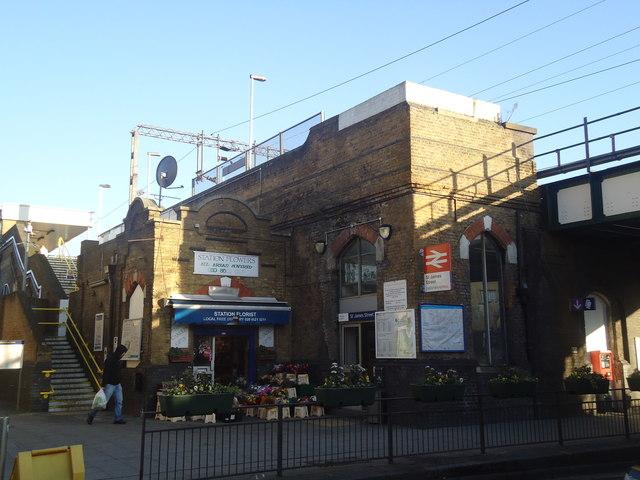 St James St railway station, Walthamstow