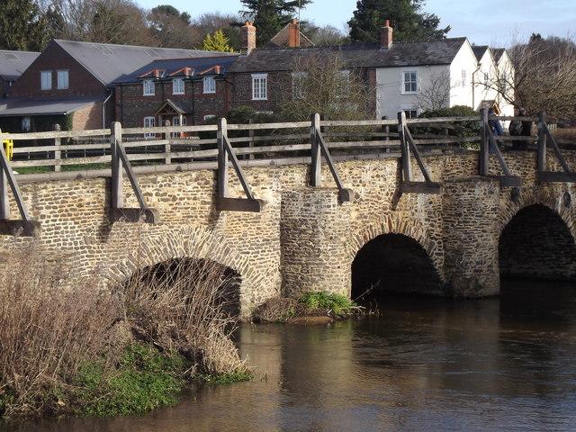East Bridge, Tilford