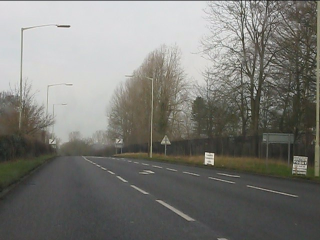A41 north of Long Lane