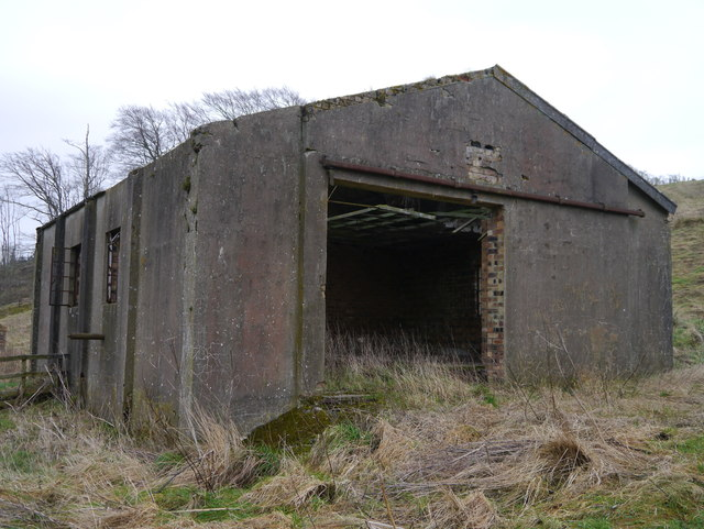 Disused Pumping Station (West Side)