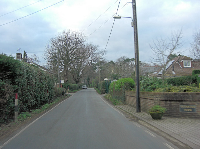 Wootton Road south of Tiptoe
