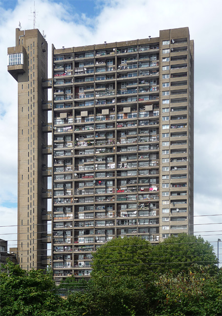 Trellick Tower, Golborne Road
