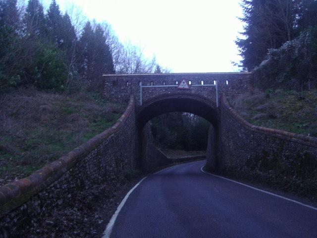 Dorking Arch footbridge over Crocknorth Road