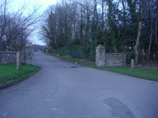 Entrance to Dunley Hall Court