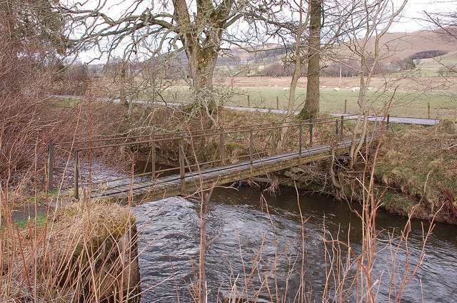 Footbridge over the Biggar Water