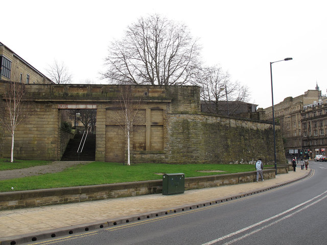 Walls of the former Exchange station