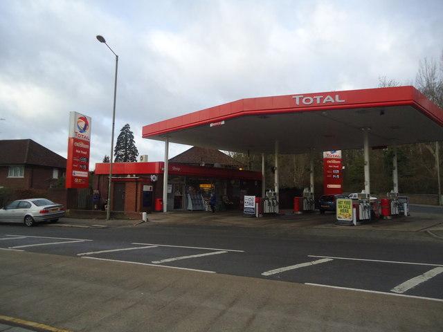 Petrol station, London Road, Redhill
