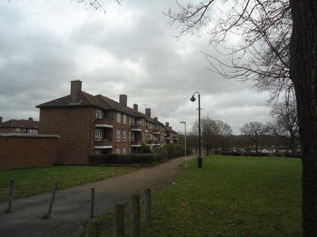 Flats, Portland Drive, Merstham