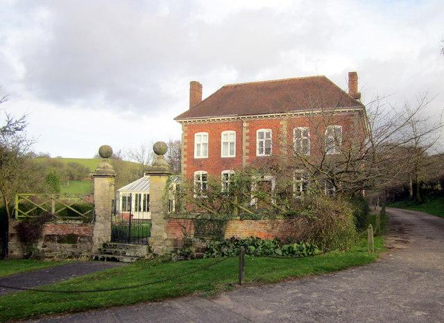Chadwich Manor - National Trust