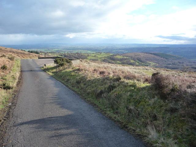 Approaching Carn-y-gorfydd Roadside Rest on The Blorenge