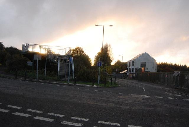 Footbridge over the Blackwater Valley Road begins