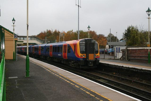 Alton, Hampshire: South West Trains Desiro Unit