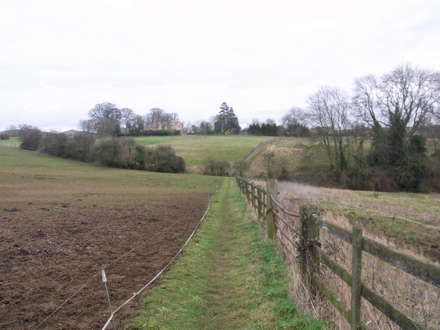 Field-edge path from opposite the school to Nash's Lane,  Ebrington