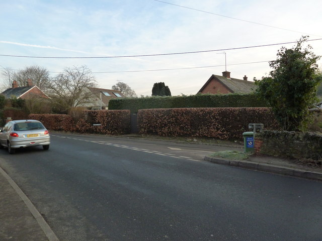 Approaching the junction of the B3006 with Honey Lane