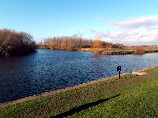 Confluence of the river Aire & river Calder at Castleford