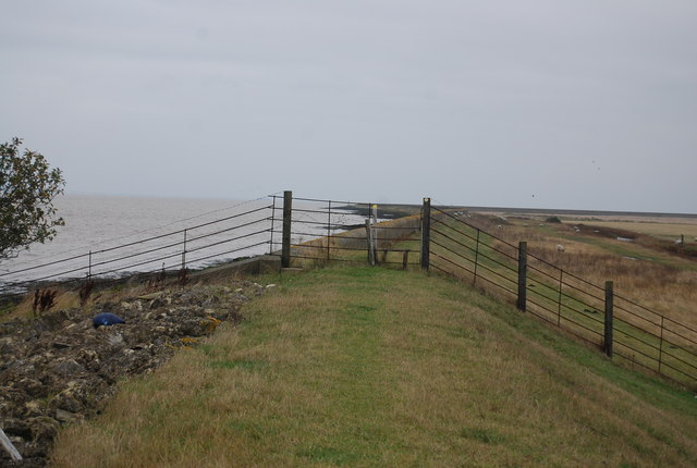 Fence and stile
